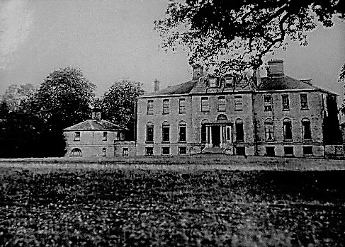 09148009Ryston Hall Designed and built by Sir roger Pratt for himself 1669-72 altered c.1780 and c.1867