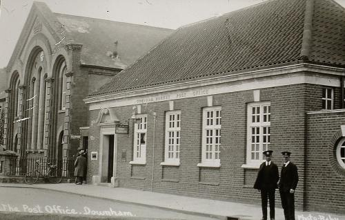 233 c.1950s       Post Office now the Sorting Office and Primitive Methodist Chapel  demolished c.1960s