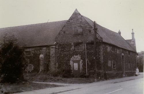 120Built late 1700s Maltings Railway Road D. Mkt.now a garden centre