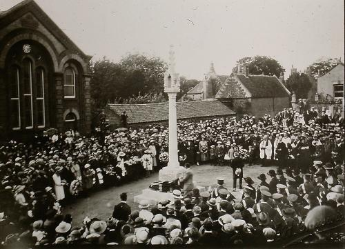 139Unveiling &Dedication of the war memorial showing the post office now royal mail sorting office D.Mkt. (t.w.mollard)